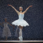 Jennifer Stahl in Tomasson's Nutcracker. (© Erik Tomasson)